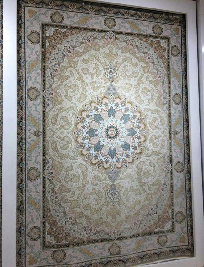 رونمایی از فرش های ۱۵۰۰ شانه
