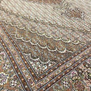 قالیچه ماهی ۵۰ رج تبریز گل ابریشم