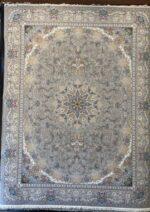 فرش ستاره کویر یزد ۱۰۰۰ شانه تراکم ۳۶۰۰ طرح E-041-2073