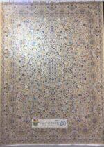 فرش خاطره کویر کاشان ۱۵۰۰ شانه طرح گلستان زمینه کرم